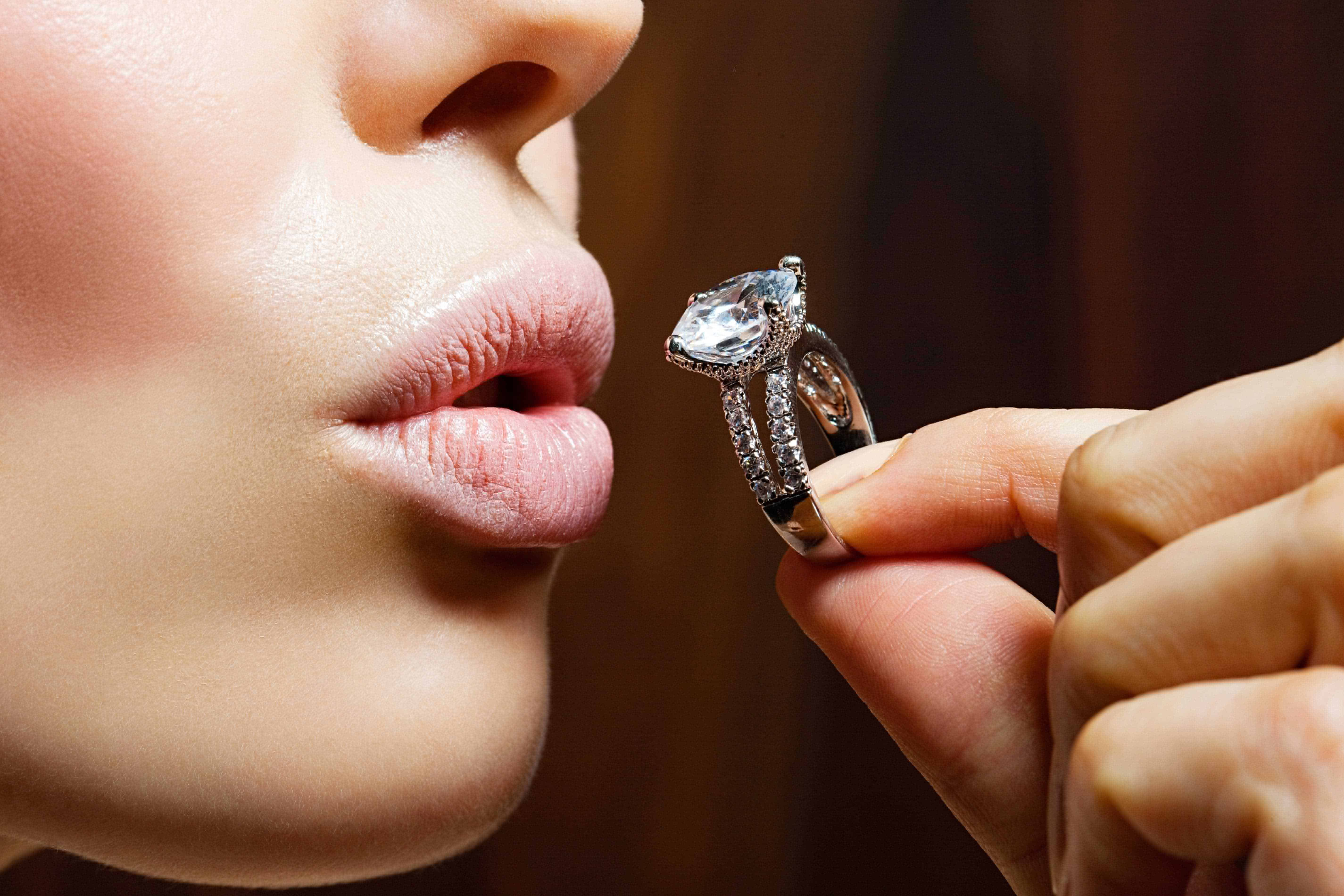 Bonne St Valentin avec les bijoux Olivier et Victoria